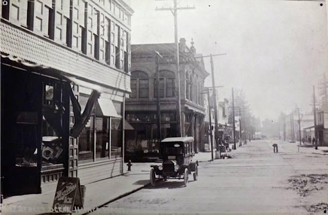 Vintage Street Scene